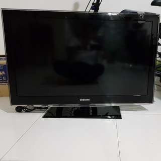 Used 40 inch Samsung tv for sale