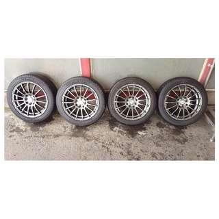 15吋輪胎,九成新(含鋁圈),整組4個一起賣只要9900元