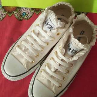 Converse All star Ruffle or Frill