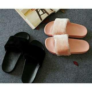 Sandals flipflop furr fluffy