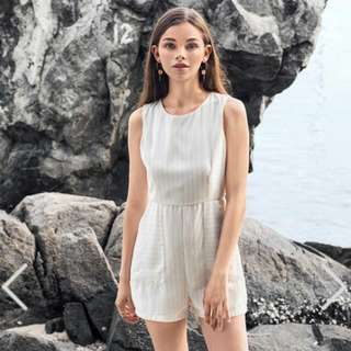 Hennely Romper