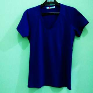 Tee electric blue
