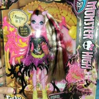 35 Monster High Freaky Fusion Bonita Femua