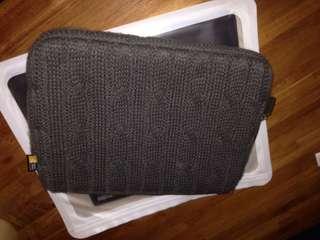 "Case Logic Laptop Sleeve for iPad/10.1""/10.3"" laptop 100% new"