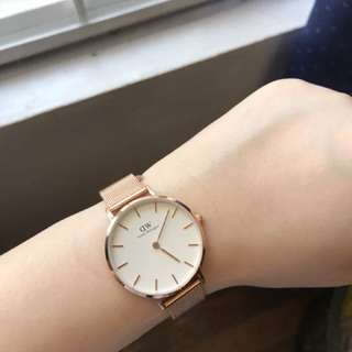 ON HAND DANIEL WELLINGTON CLASSIC PETITE