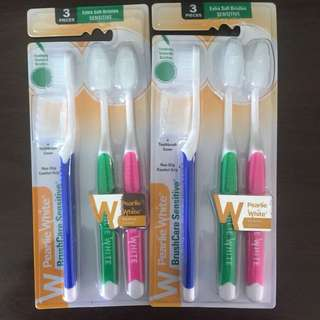 NEW Pearlie White Toothbrush set