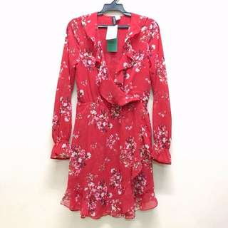 全新 H&M 紅色碎花V領魚尾洋裝