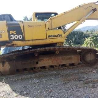 Escavator komatsu pc 300