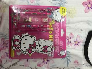 HELLO KITTY ONLY @40K