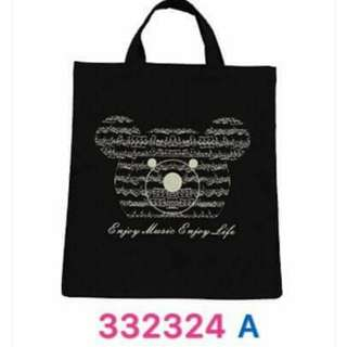Music bear tote bag 音符熊圖案手提布袋,可放一般厚度的琴書或A4紙張,有兩色