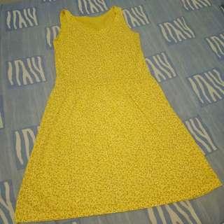 Mini Dress Kuning Motif Bunga