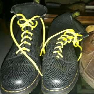 Sepatu Dr. Martin Original