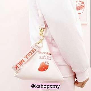 Spao Seoul Milk Bag