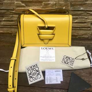 LOEWE BARCELONA AMARILO New, Neverbeen used,