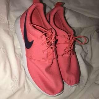 Nike Roshe - Pink