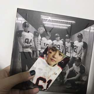EXO Love me right專輯