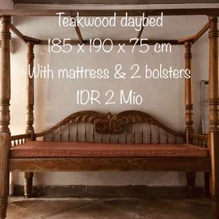 Teakwood daybed