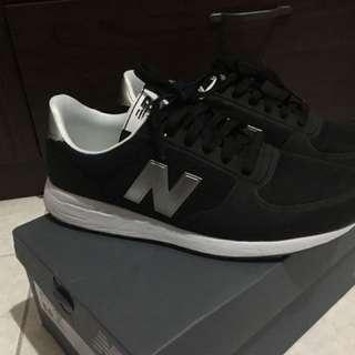 (二手)New Balance 215 運動鞋 女25號