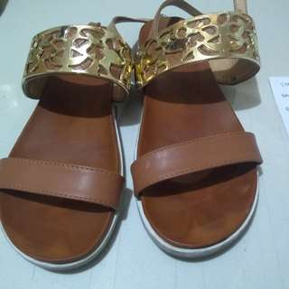 For Sale-Sandals (2nd hand)