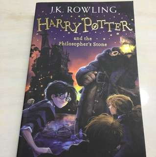 Harry Potter and the Philosopher's Stone : J.K Rowling
