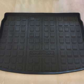 Nissan Qashqai J11 1.2T or 2.0 Rubber Boot Liner