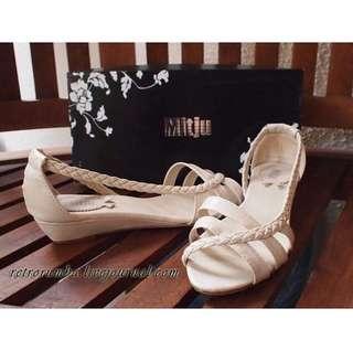 Mitju Braided Cream Wedges Sandal Flats