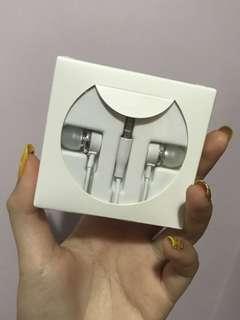SUGAR EARPHONES
