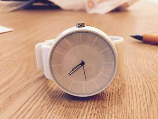 White Minimalist rubber strap Watch
