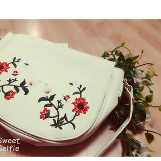 exclusive hand embroidery bag from Dubai