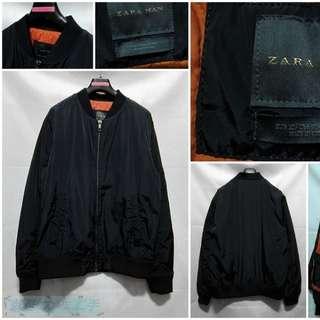 🚚 {就是愛二手} 西班牙品牌 ZARA MAN 全新 男 深藍黑色 素面 飛行款設計 內鋪棉夾克 外套 大衣 超值推薦