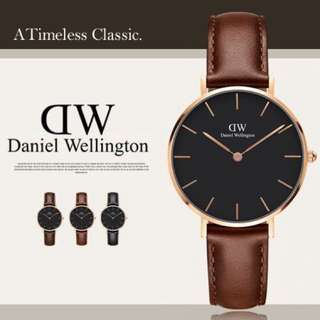 Daniel Wellington Watch 32mm black petite st Maves brown