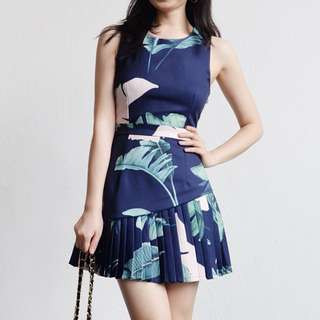 Tropical Leaf Pleated Dress in Navy