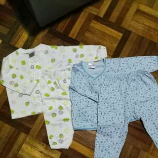 Baby cloths (2)