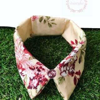 Peachy floral collar