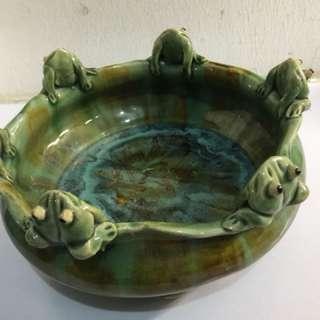 Jade Colour Frog Vase