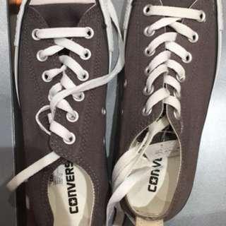 Converse (grey)