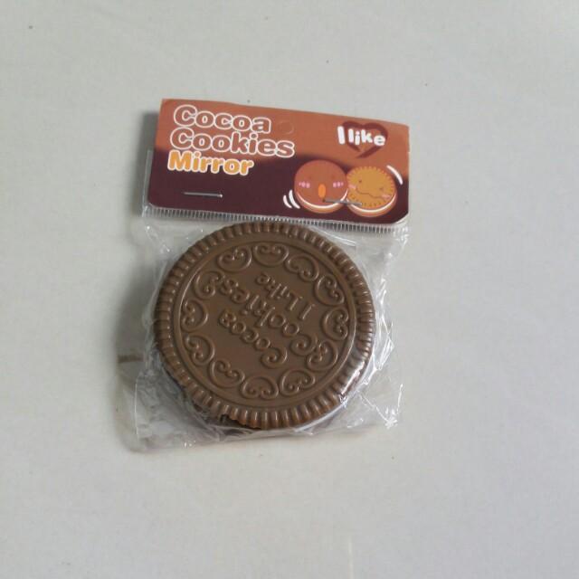(全新)巧克力餅造型隨身梳子鏡子組