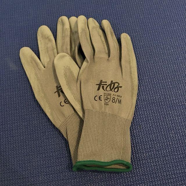 全新厚薄防滑手套
