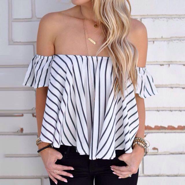 📬💌 Striped Off Shoulder Top