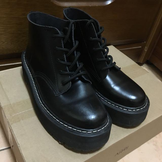 降價含運!! Vii&co 個性厚底短靴