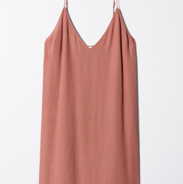Aritzia Vivienne Dress in Canyon Rose Size Small