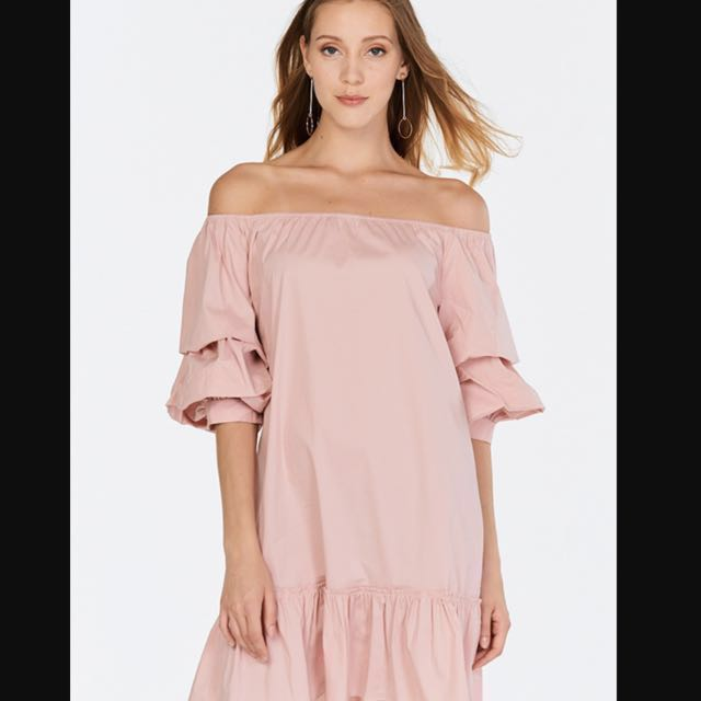 d7c4b0ee80fb Baby pink off shoulder dress