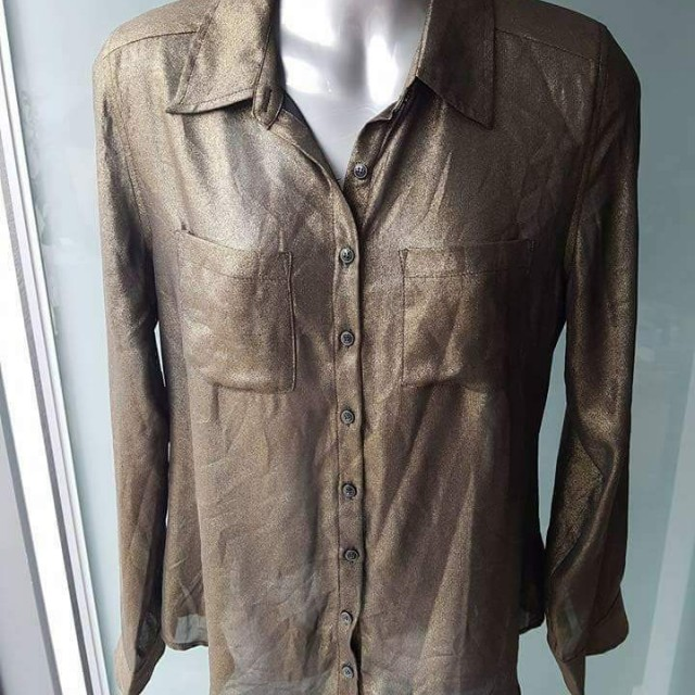 Brand new GUESS Gold Blouse - Size M