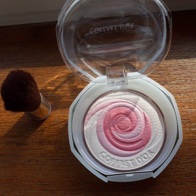 Coffret D'or Japanese Blush