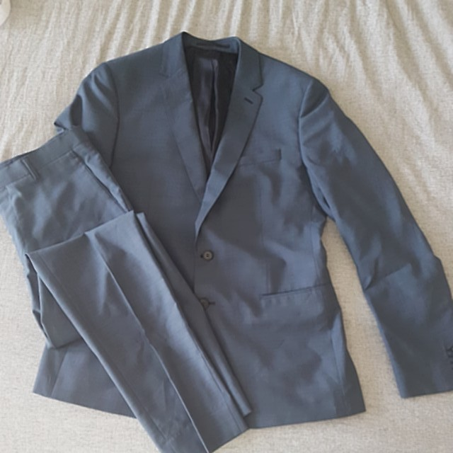Country Road Suit size 32