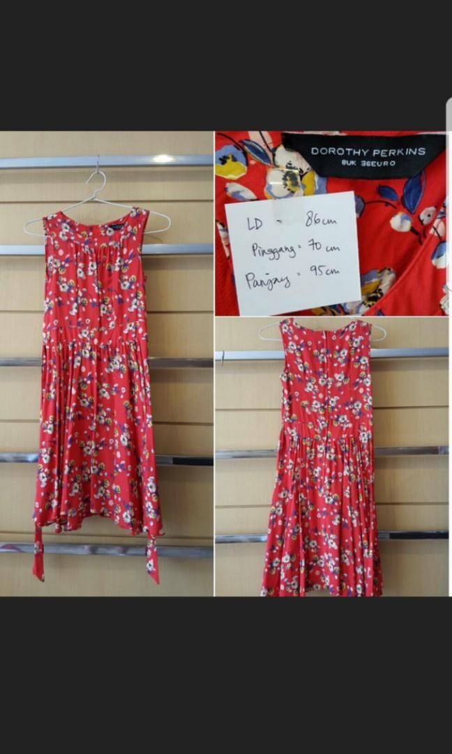DOROTHY PERKINS Red Floral Dress