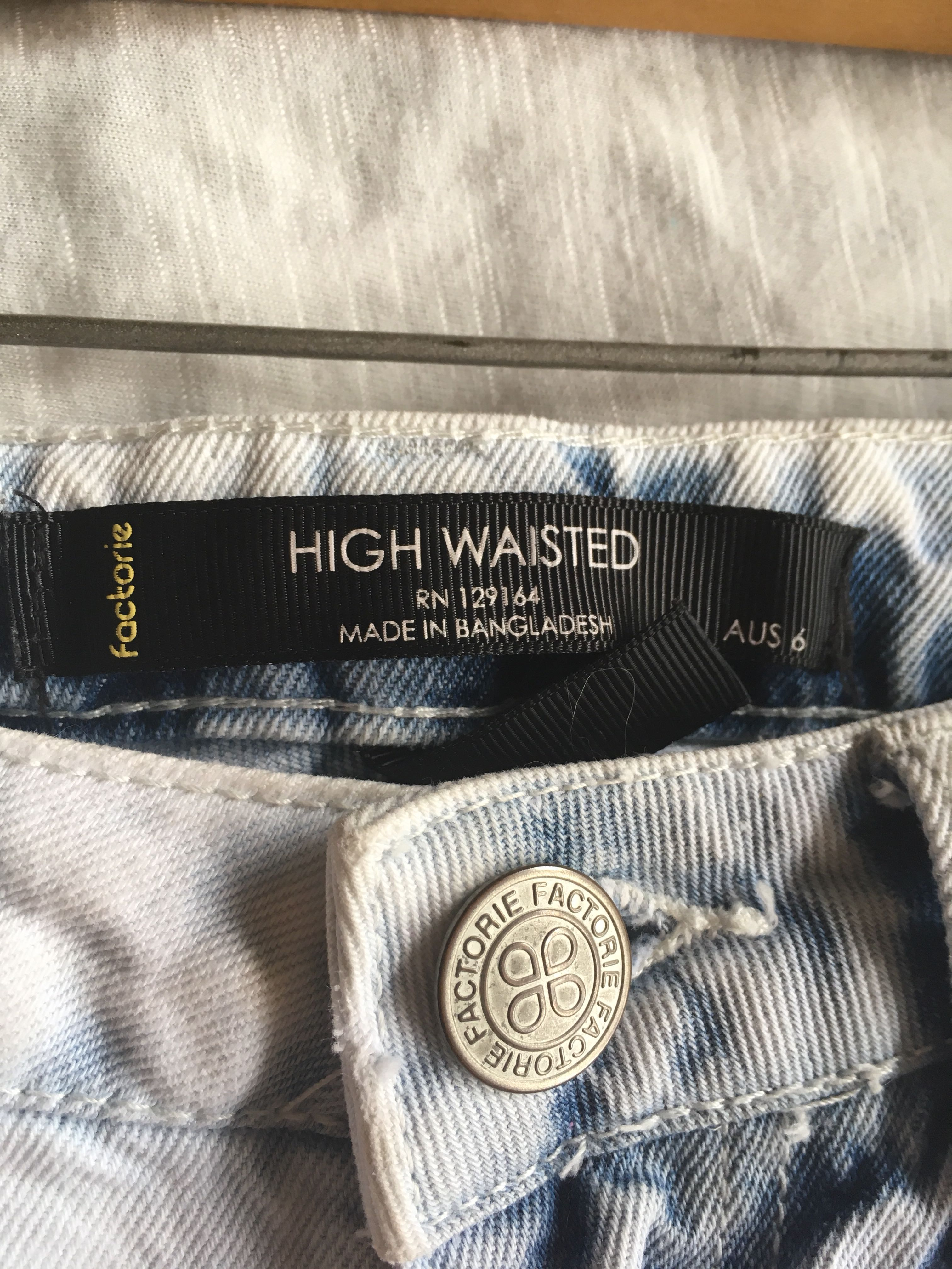 Factorie High Wasted shorts
