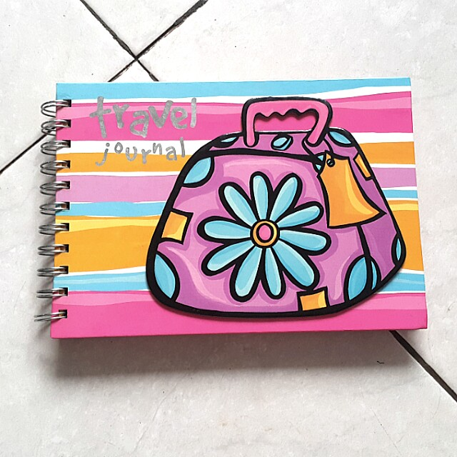 Happy house travel book (100rb 3)