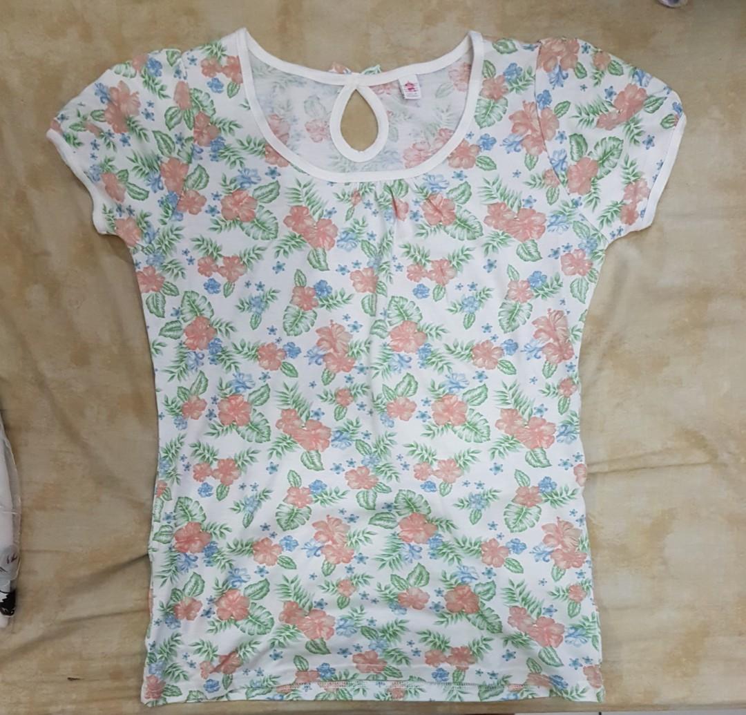hawaiian floral tshirt