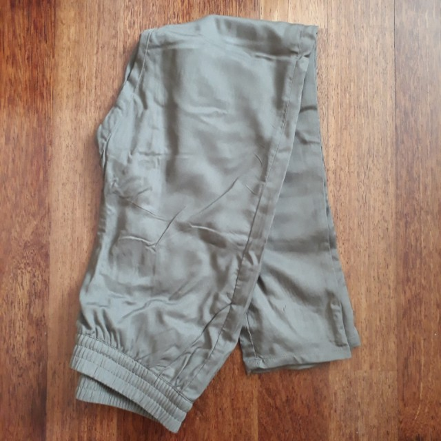 H&M Green Jogger Pants